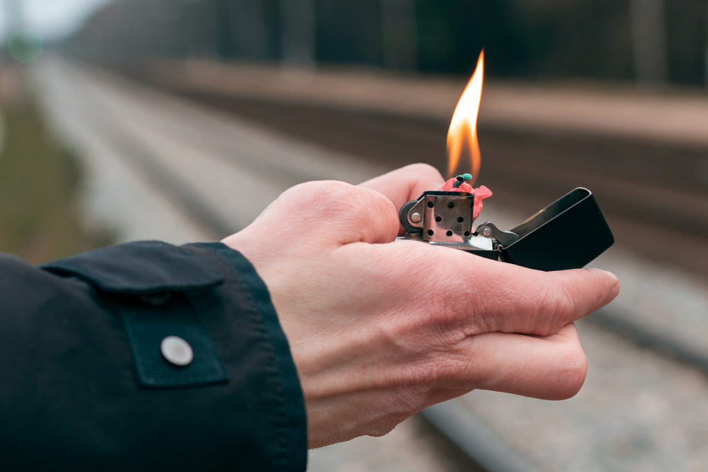 setting fire in Federal courtroom